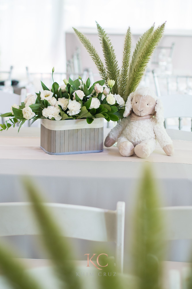 pottery barn themed party table centerpiece