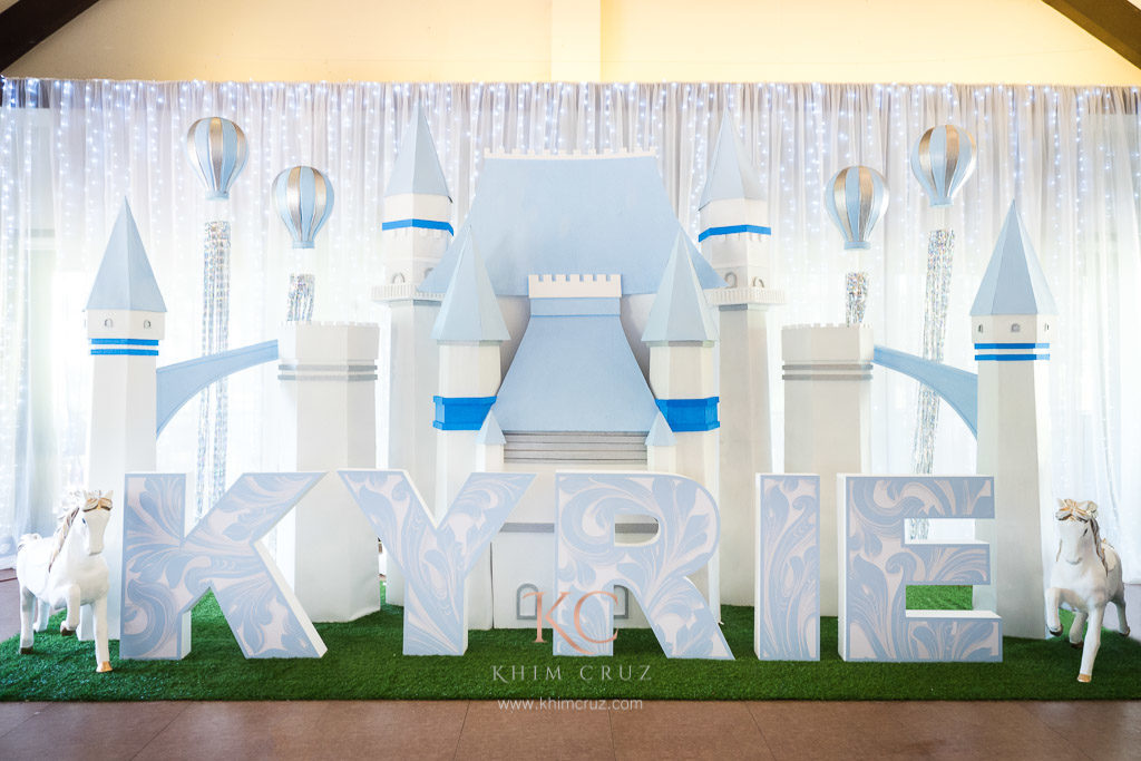 royalty prince castle birthday party stage design setup